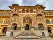 आज इस किले के विदेशी है दीवाने..कभी हुआ करता था जयपुर की राजधनी