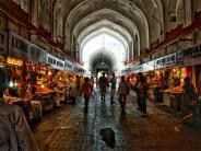 भारत में आज भी मौजूद है ब्रिटिश काल के मार्केट्स..क्या आपने की इन मार्केट्स से शॉपिंग