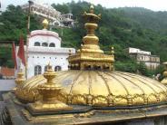 शारदीय नवरात्र 2017:माता के इस मंदिर में बिना तेल, घी के जलती है ज्योति..