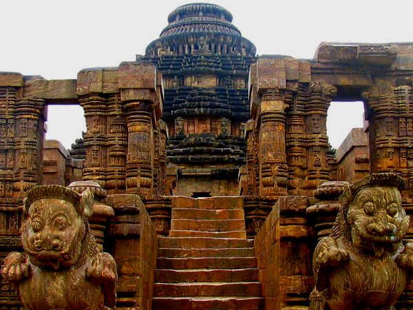 essay on konark temple