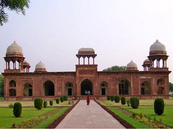<strong>मुगल साम्राज्य की राजधानी रहे आगरा को निहारिये कुछ ख़ास और एक्सक्लूसिव तस्वीरों में</strong>