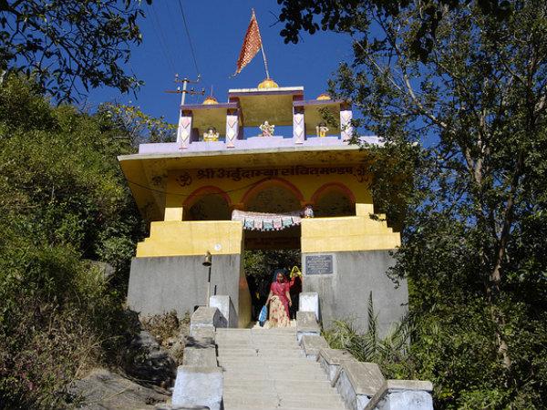मां दुर्गा का प्रसिद्ध मंदिर