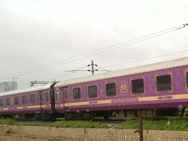 इंडिया की कुछ बेहतरीन रॅायल ट्रेनें