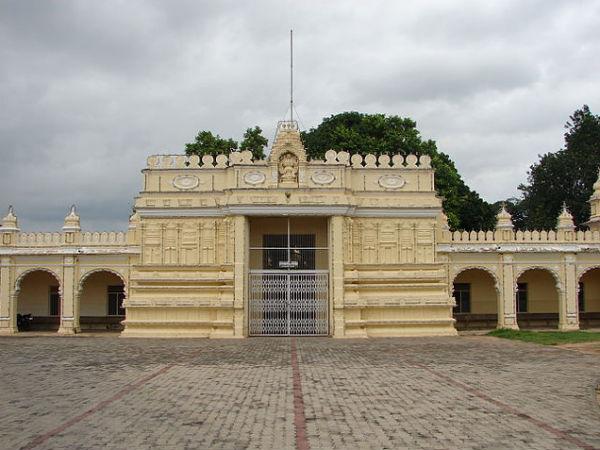 मैसूर महल के नज़दीकी 6 प्रसिद्ध मंदिर!