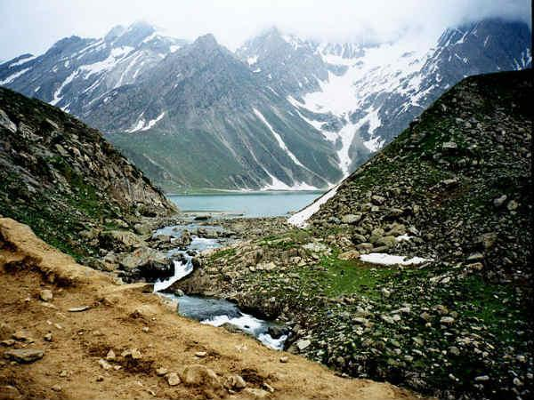 साँपों के राजा शेषनाग के झील की यात्रा!