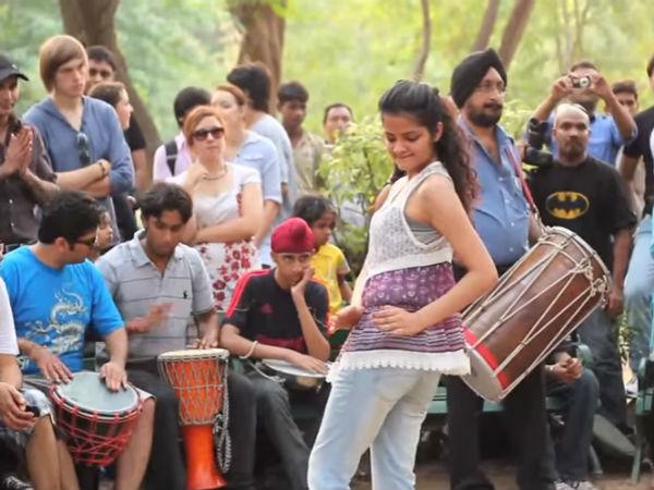 दिल्ली की सड़कों पर शानदार कार्यक्रम!