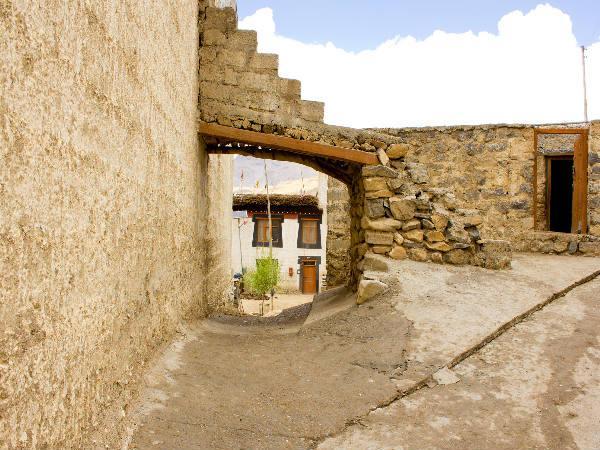 किब्बर गाँव की जादुई यात्रा!