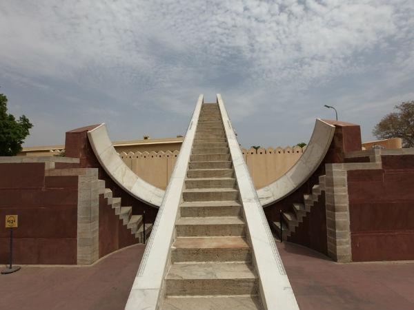 स्मारकीय भारत: जयपुर के जंतर मंतर की 6 दिलचस्प बातें!