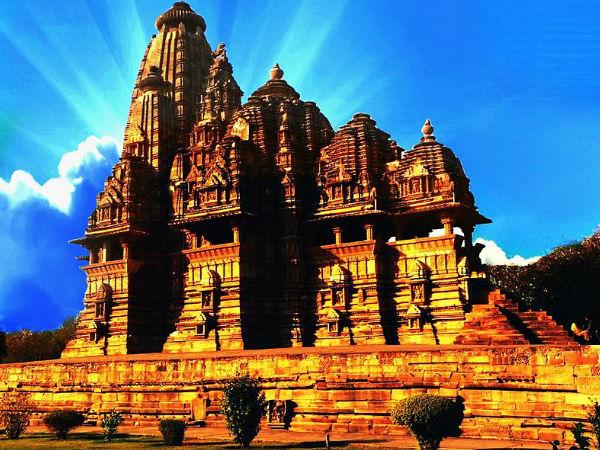 खजुराहो मंदिर से जुड़ी दिलचस्प बातें!