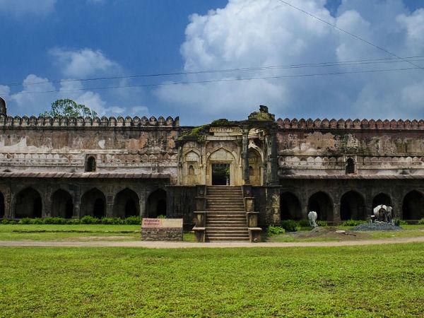 मध्य प्रदेश का ऐतिहासिक शहर मांडू!