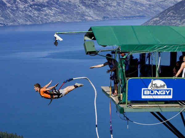 Try These 5 Experiences Bungee Jumping India