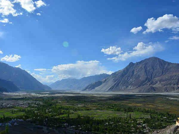 उत्तर भारत</a></strong> में कश्मीर स्वर्ग है तो<strong><a href=