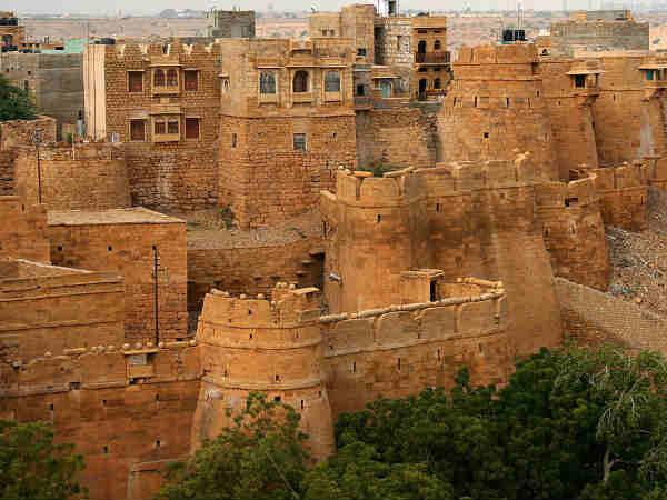 खत्म होने की कगार पर भारत के ऐतिहासिक किले..