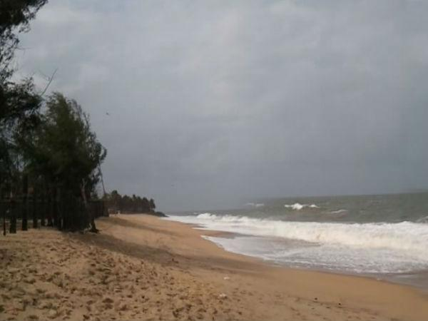 प्रसिद्ध समुद्र तटों </a></strong>में से एक है। शहर के दिल में स्थित, यह समुद्र तट अपने स्थानीय व्यंजनों के लिए बेहद लोकप्रिय है, यहां पर्यटक <strong><a href=