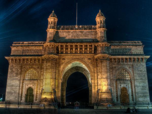<strong></strong>ऑफिस के कामकाज से वक्त निकालकर एक दिन में घूमे मुंबई