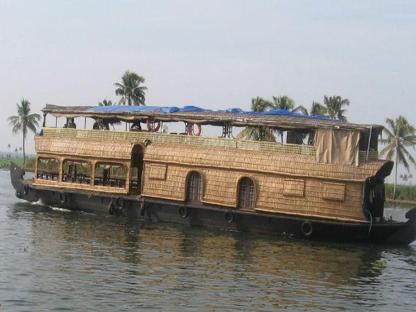 Houseboats in Gangas Sunderbans