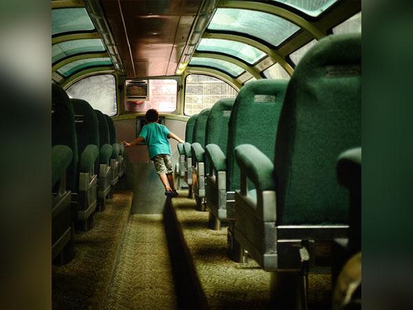 बुलेट ट्रेन से पहले करोड़ों खर्च कर उतारी गई ये खास ट्रेन
