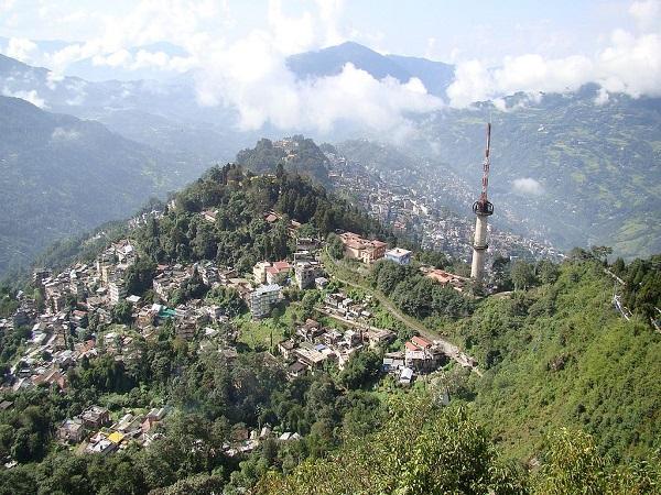 सिक्किम की गोद
