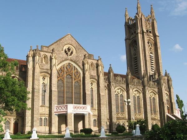 तेलंगाना : एकमात्र ऐसी चर्च जो खूबसूरती में विदेशों को भी टक्कर देती है