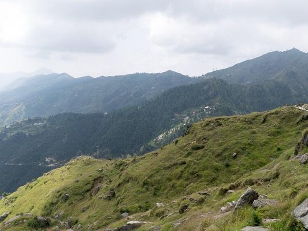 अद्भुत: हिमाचल के इसी स्थल पर मिलती है जीवन रक्षक जड़ी-बूटियां