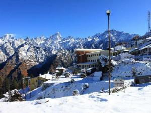 Places Visit Auli