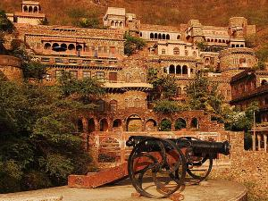 Famous Hotels Rajasthan Hindi