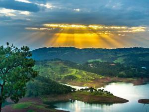 शिलॉंग में अद्भुत झीलों के नज़ारे!