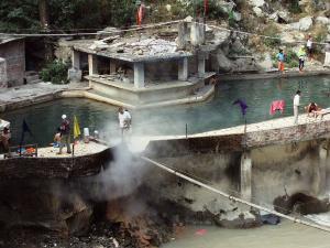 Manikaran Pigrimage Near Kullu In Himachal Pradesh Hindi