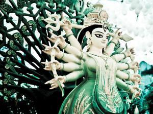 Durga Puja In Kolkata Dussehra Capital Of India Hindi