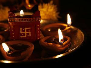 Diwali Melas In Delhi Hindi
