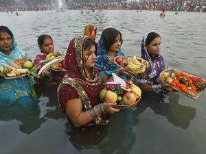 Chhath Puja Celebrations In North India Hindi