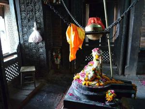 Nepali Temple In Varanasi Hindi