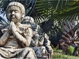 Garden Of Five Senses Park In Delhi Hindi