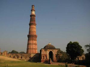 Trip To Qutb Complex In Delhi