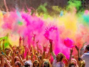 Places Celebrate Holi India