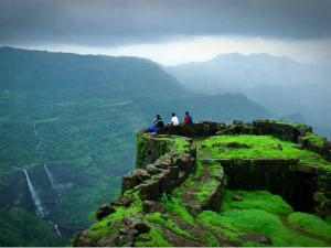 A Travel Guide To Lonavala