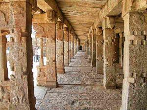 Wonder Of Hanging Lepakshi Temple Hindi