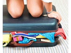 Essential Travel Items Every Girl Should Pack Hindi