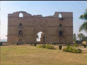 Incredible Places Visit Chanderi Madhya Pradesh