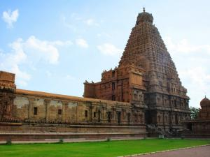 Temple Towns You Should Visit South India Hindi
