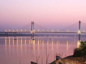 Top Places To Visit In Allahabad Hindi
