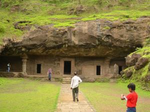 Gharapuri Popularly Known As Elephanta Caves Hindi
