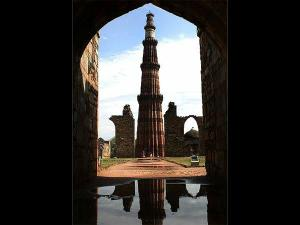 Visit These Indian Monuments That Strikingly Resemble International Structures Hindi