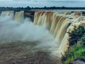 About India S Widest Waterfall The Chitrakoot Falls