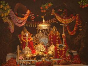 Get Spiritually High At These High Altitude Shrines India Hindi