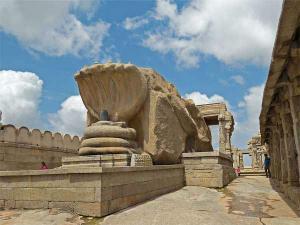Among The Ancient Myths Monoliths At Lepakshi Hindi