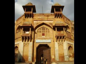 Travel Akbar S Fort Rajasthan Hindi