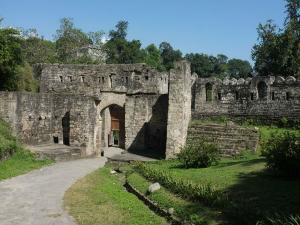 Prominent Forts Himachal Pradesh Hindi