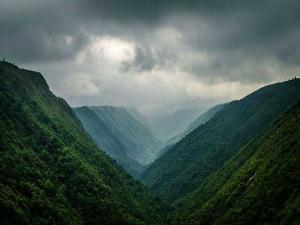 Must See Places Meghalaya Hindi