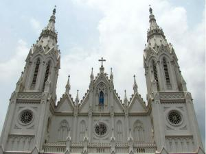 Visit These 5 Famous Churches Kerala Celebrate Christmas